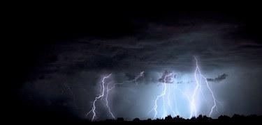 lightning-1158027__180