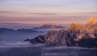 mountains-984101__180